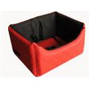 Fotelik samochodowy z czerwonej pikowanej ekoskóry z czarną alcantarą